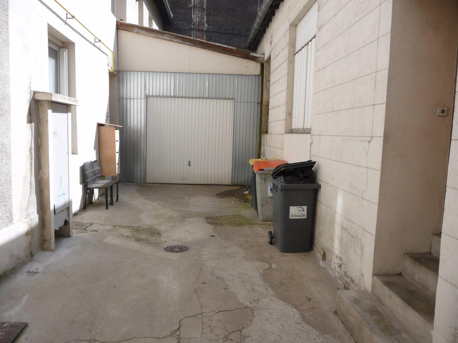 Vente saint etienne rue emile reymond immeuble de rapport for Garage tardy saint etienne