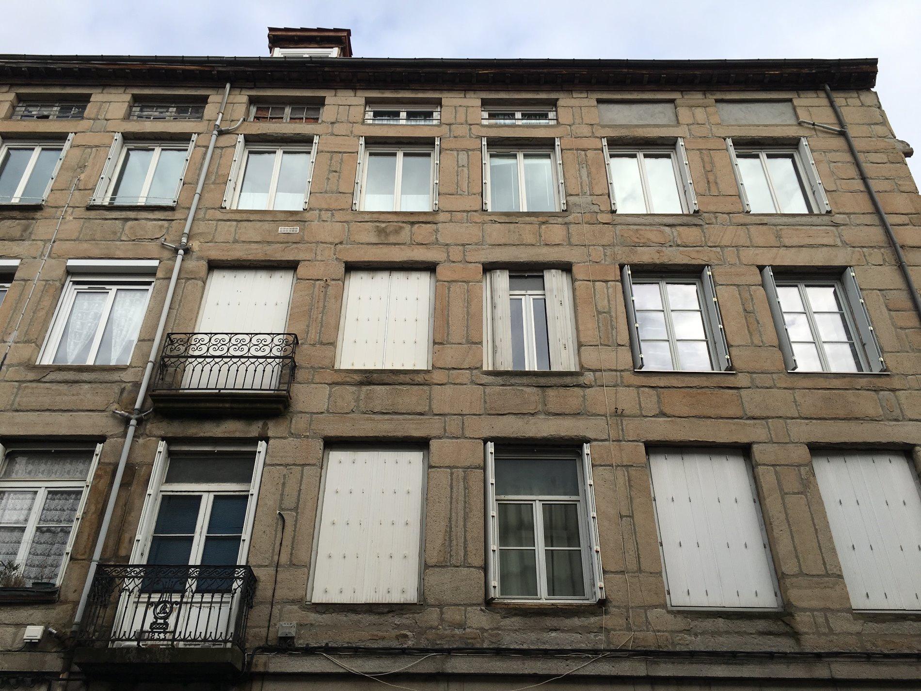 Immobilier st etienne location et achat maison et for Garage tardy saint etienne